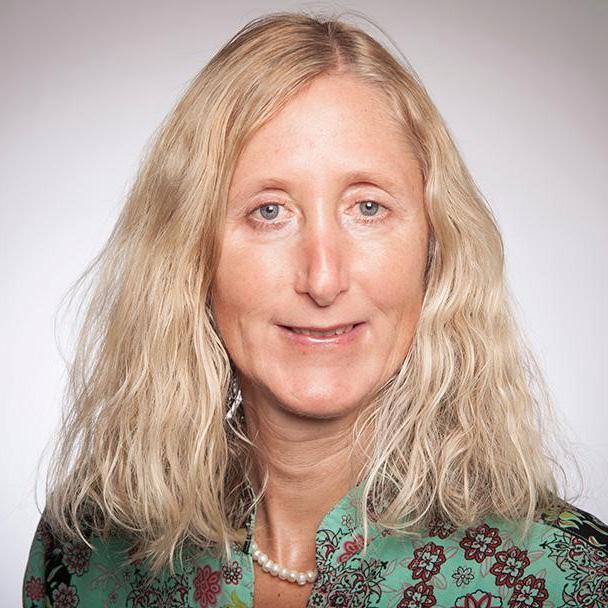 Iris Stewart-Frey, Environmental Studies and Sciences