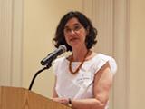 Dr. Cecília MacDowell Santos